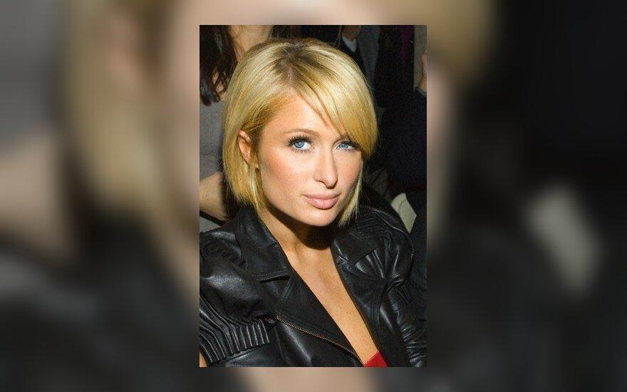 Пэрис Хилтон обвинили в сексуальном домогательстве