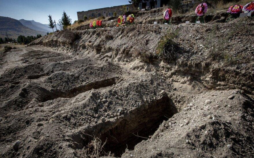 Армения начинает считать реальное число погибших в Карабахе. Версии сильно разнятся
