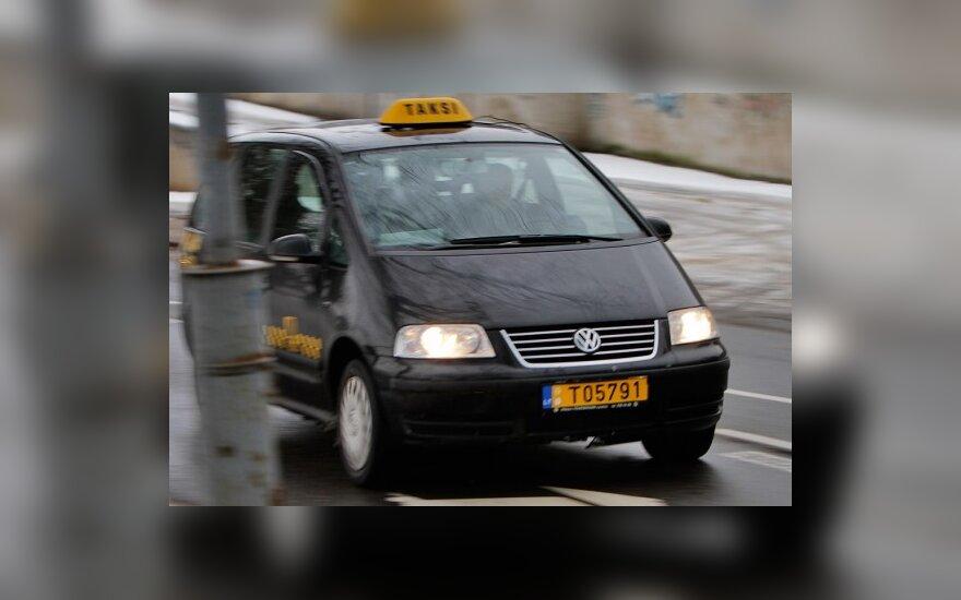Таксисты в Вильнюсе продолжают наживаться на клиентах