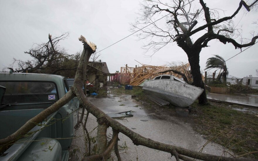 "Потери от наводнений из-за урагана ""Харви"" в США оценили в $30 млрд"
