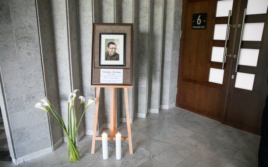 Prasidėjo atsisveikinimas su Vytautu Šerėnu