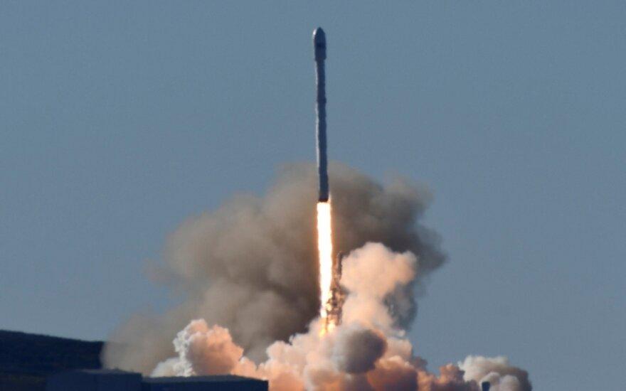 SpaceX успешно провела первый запуск ракеты Falcon 9 после сентябрьской аварии