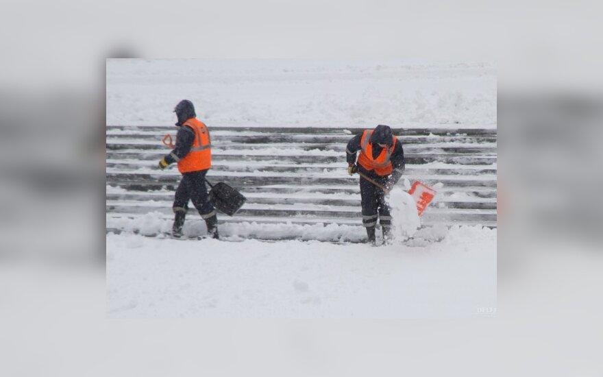 В Эстонии метель замела дороги и нарушила электроснабжение