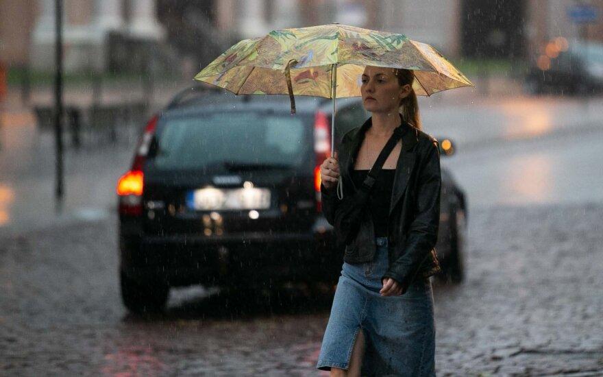 Погода: холодно, ветрено и кратковременные дожди, но ненадолго