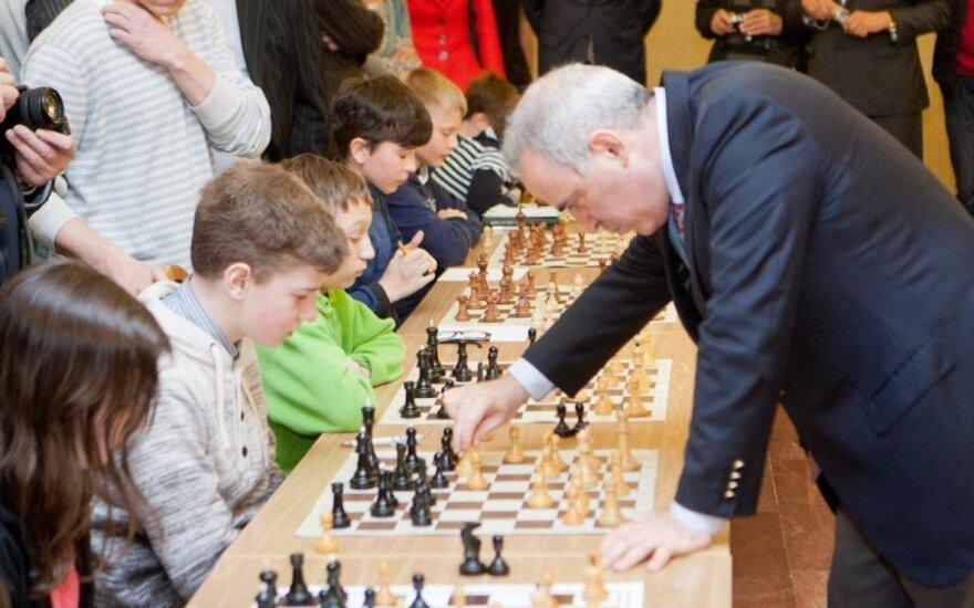 12-летний вильнюсец сыграл в Каспаровым вничью