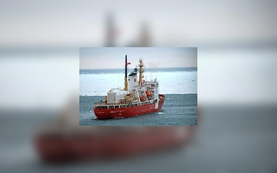 54 судна ожидают помощи ледоколов в Финском заливе