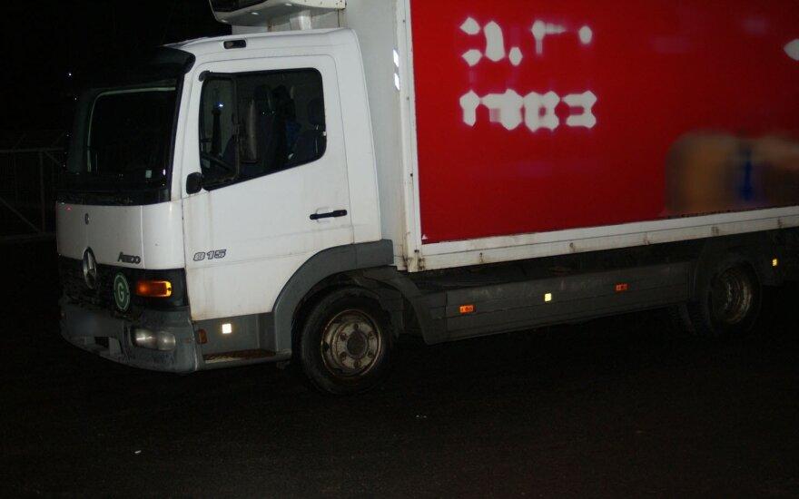 Криминалисты задержали грузовик с контрабандой