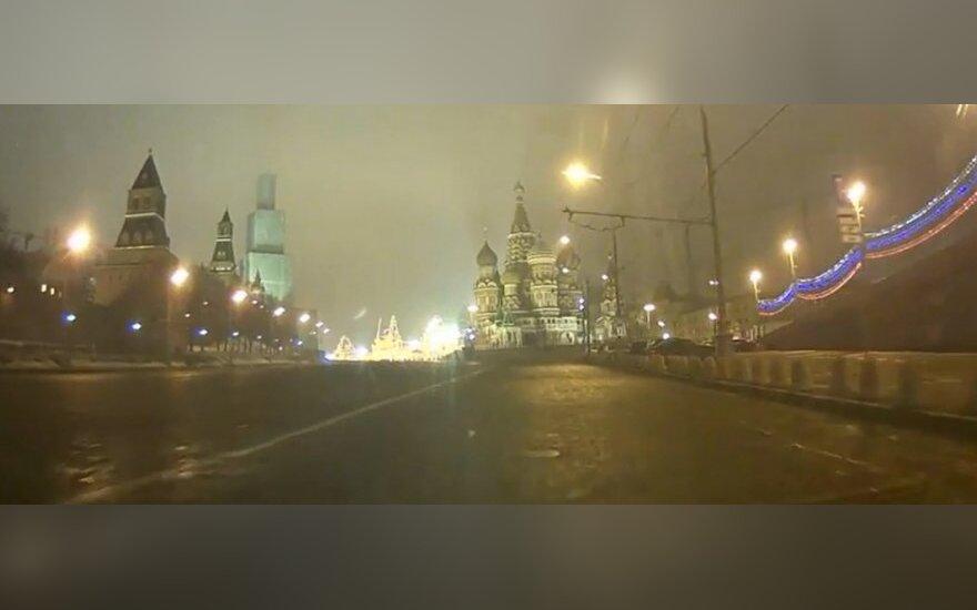 Опубликовано видео регистратора через 3 минуты после убийства Немцова
