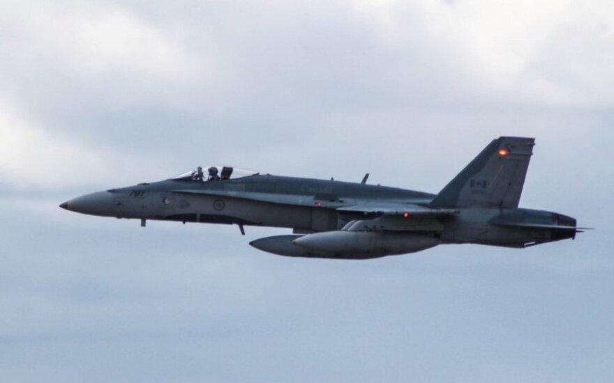 Истребитель НАТО обвинили в попытке приблизиться к самолету министра обороны России