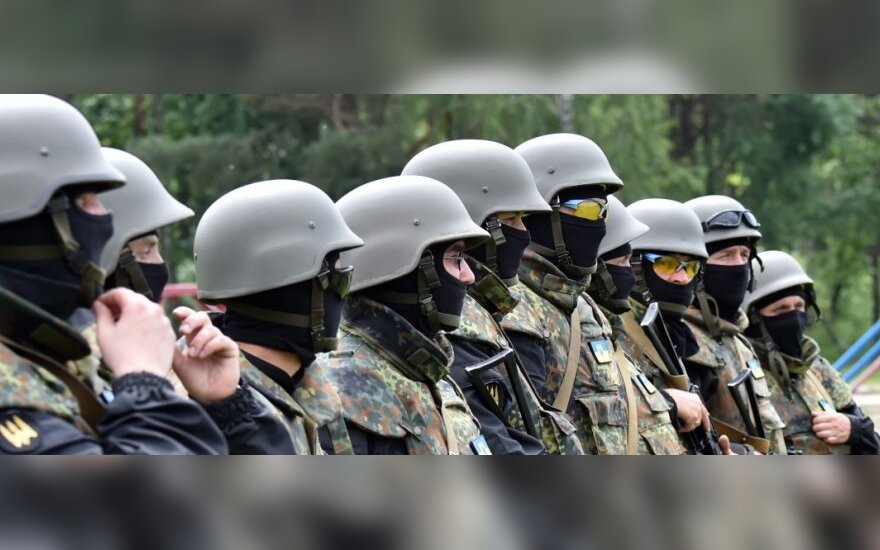 СМИ: На Луганщине боевики взорвали железнодорожный мост