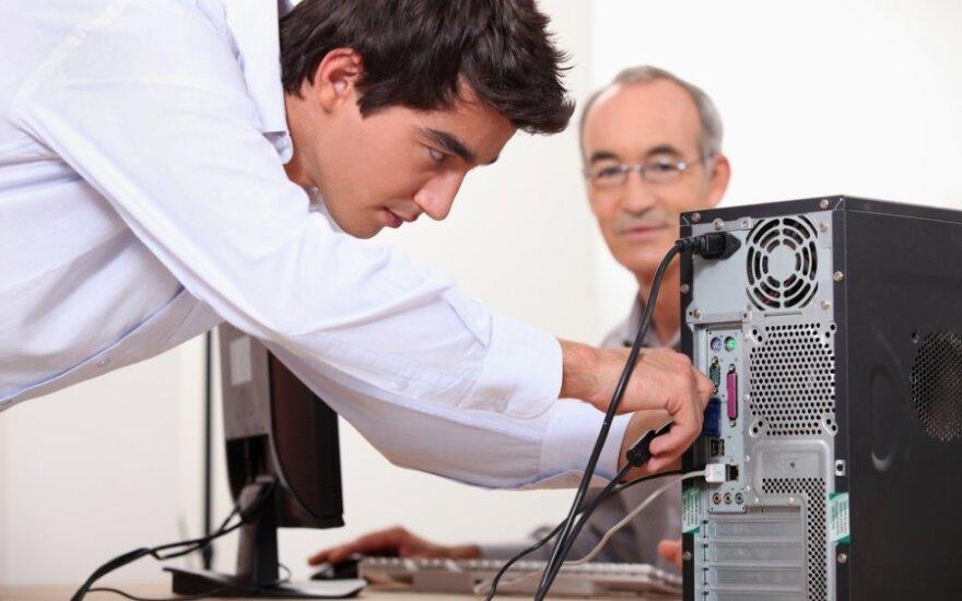 IT specialistas, kompiuterių specialistas, informatikas