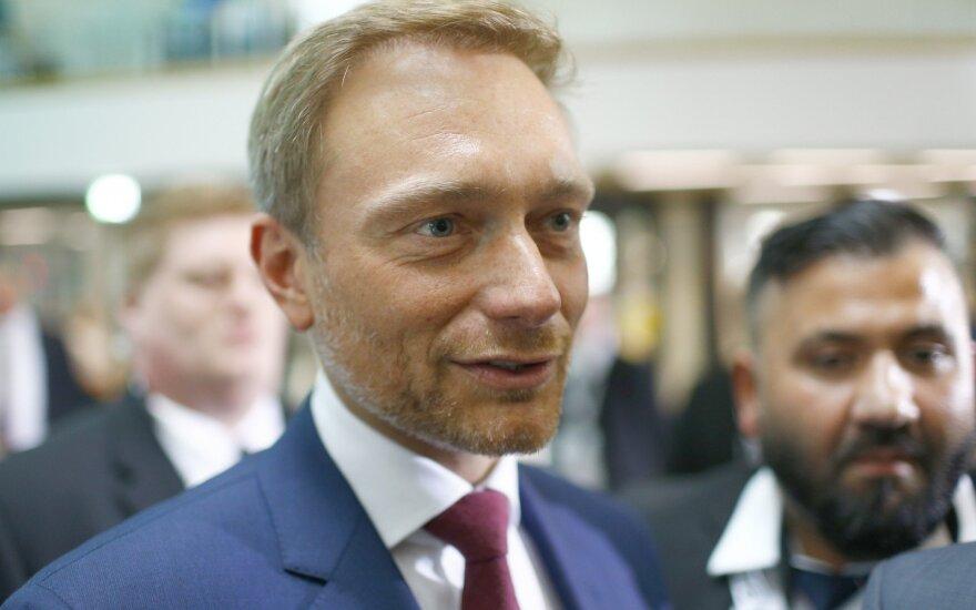 """Линднер открыт к возврату России в """"большую восьмерку"""""""