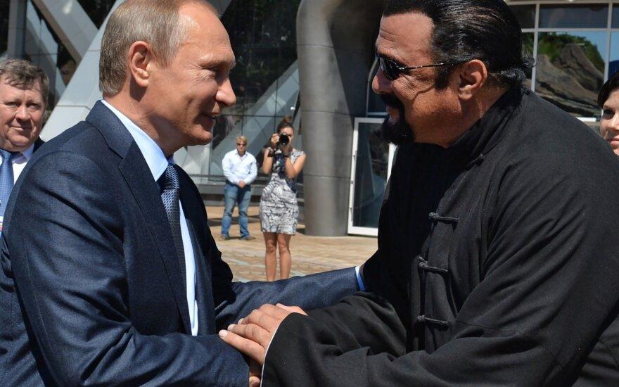 Стивен Сигал купил дом на Рублевке по соседству с Путиным почти за 1,5 миллиона евро