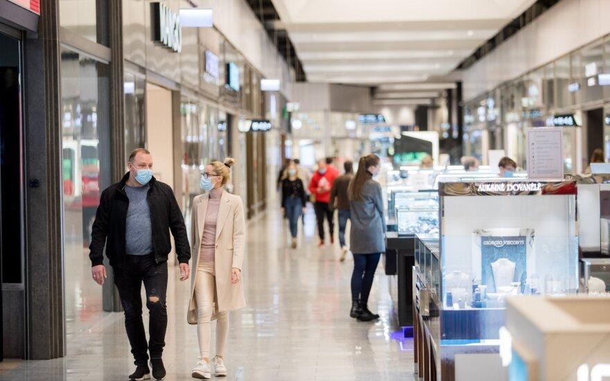 В Литве открылись торговые центры, но покупатели в них возвращаться не спешат