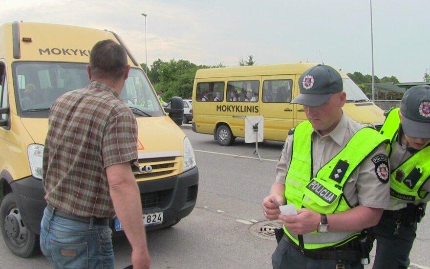 В Клайпеде задержан нетрезвый водитель школьного автобуса