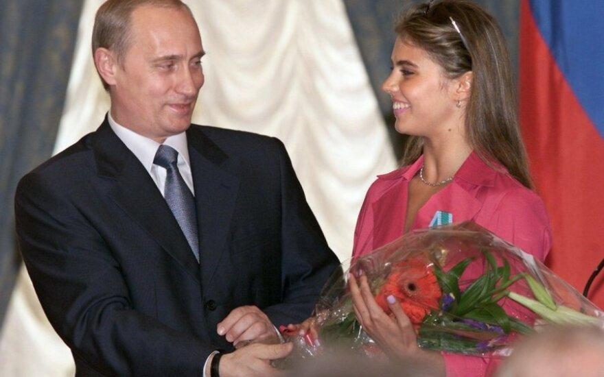 Песков опроверг информацию о рождении сына у Путина
