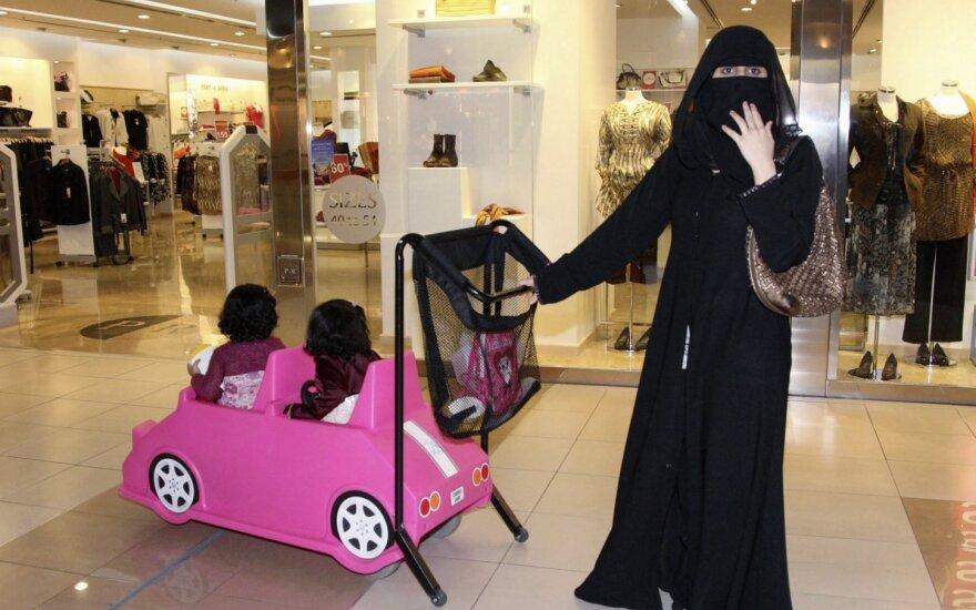 Joanna Szymanska-Godard: Zakaz noszenia burki, to nic więcej niż podżeganie paniki wśród ludności Litwy