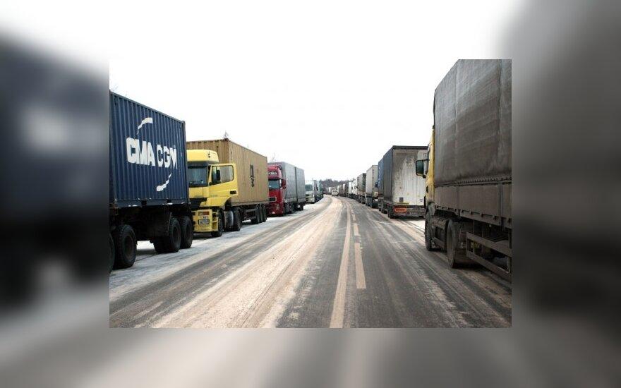 Очереди грузовиков на границе с Россией сократились