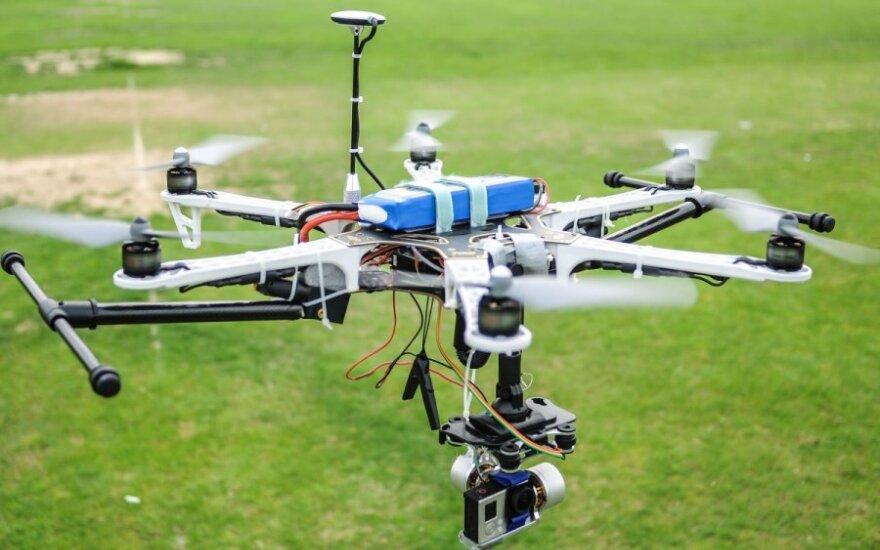 Drony w służbie człowiekowi i planecie – podsumowanie 2014 roku