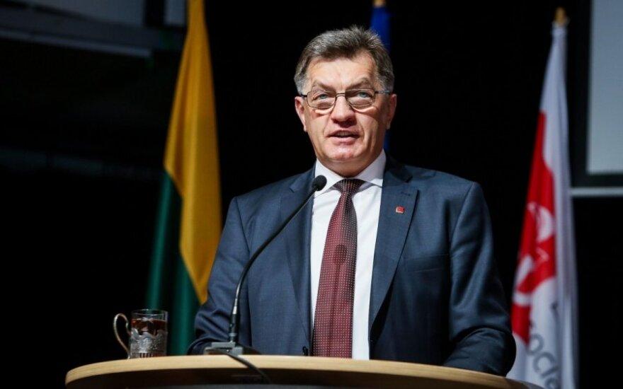 Премьер Литвы оценил возможность повышения минималки