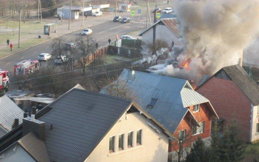В Каунасе взорвался жилой дом, пострадали люди