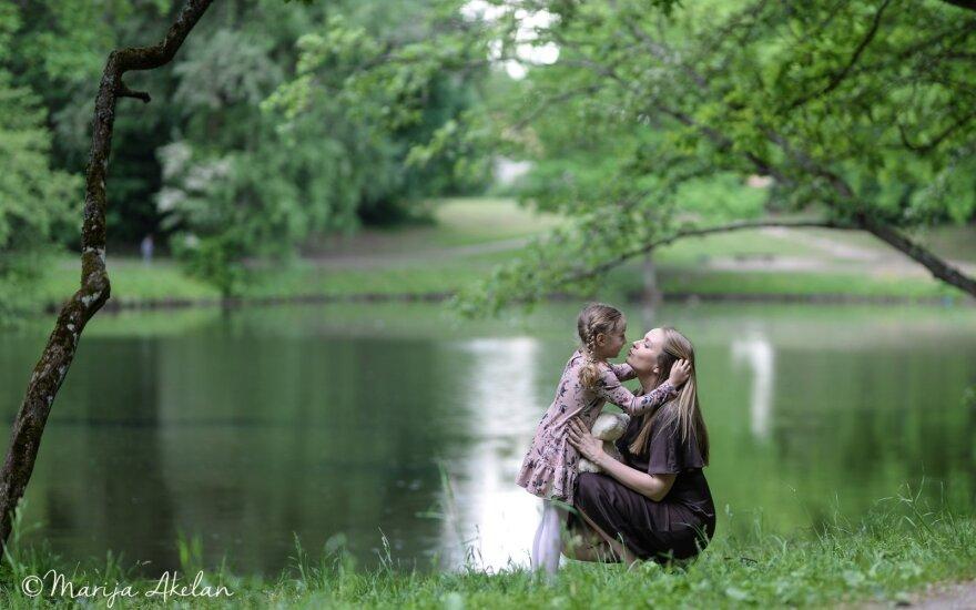 Литовские художники создали мини-фильм о детстве в новом арт-проекте Марии Акелан