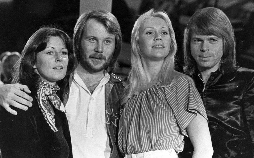 Участники ABBA воссоединились на открытии ресторана
