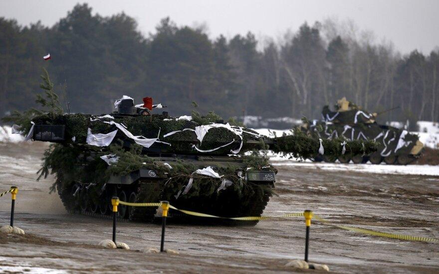 Испания пришлет в Латвию танки Leopard и бронемашины Pizarro