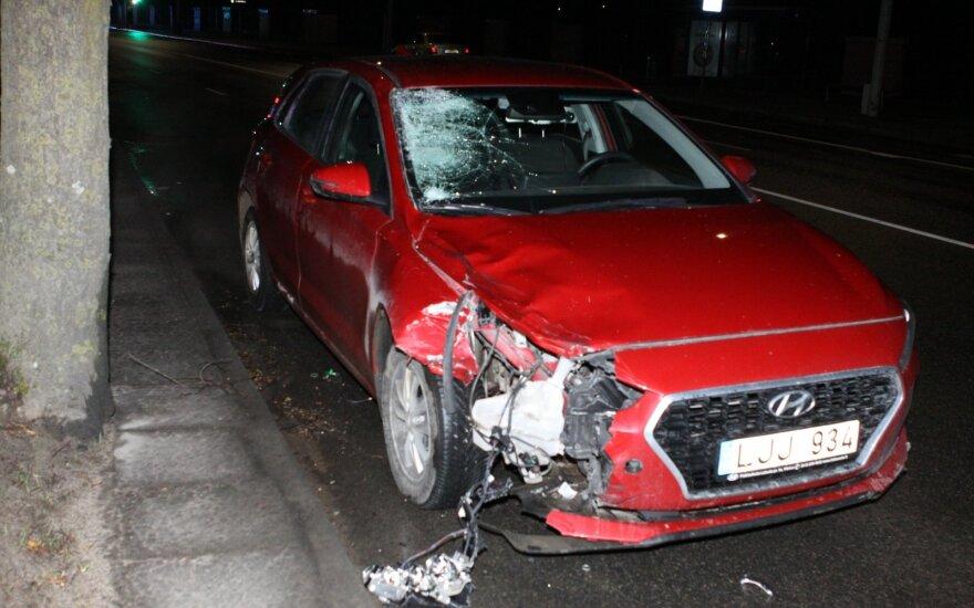 Нетрезвый водитель в Вильнюсе ночью насмерть сбил велосипедистку