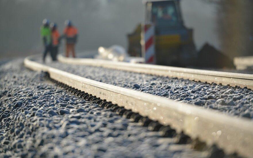 Kauno ir Palemono geležinkelio stočių prieigose startavo parengiamieji darbai europinės vėžės geležinkeliui tiesti