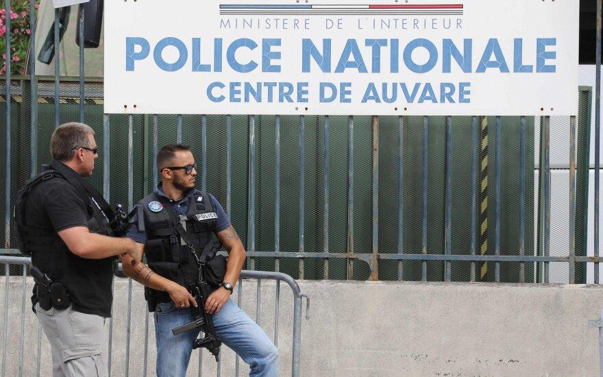 """Во Франции предотвращен теракт """"экстремальной жестокости"""""""