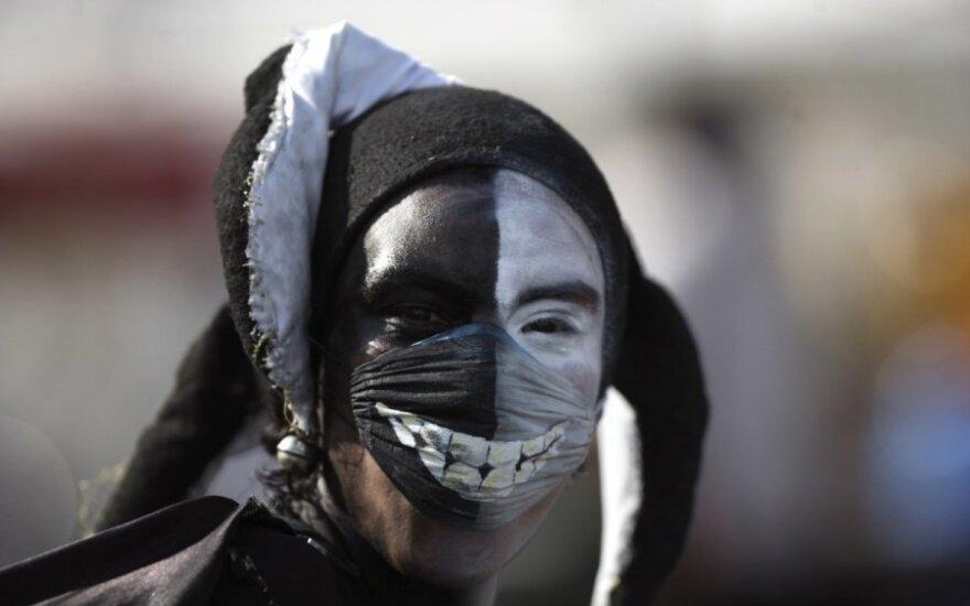 Французские власти запретили шоу комика-антисемита