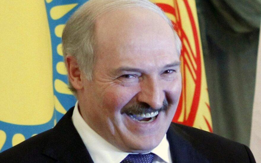 Лебедько рекомендует бизнесменам Литвы не покупать Лукашенко спички – обожгутся