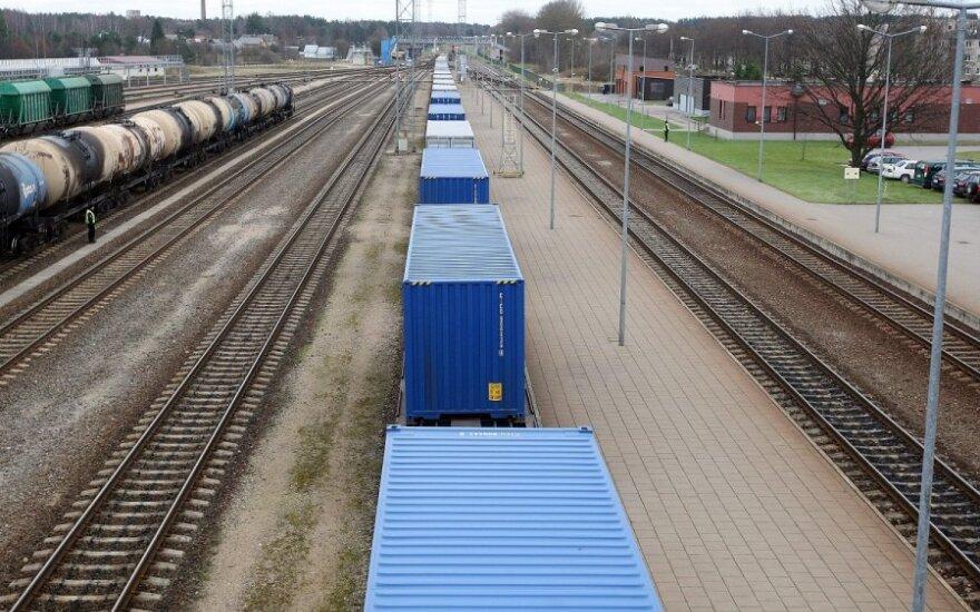 """В Литву прибыл контейнерный поезд """"Сауле"""""""