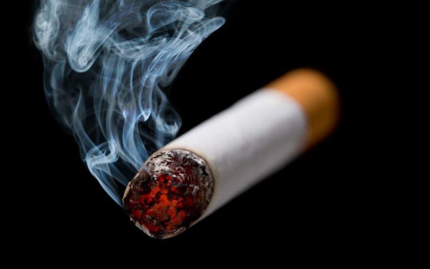 Евробарометр: в Литве становится меньше курильщиков