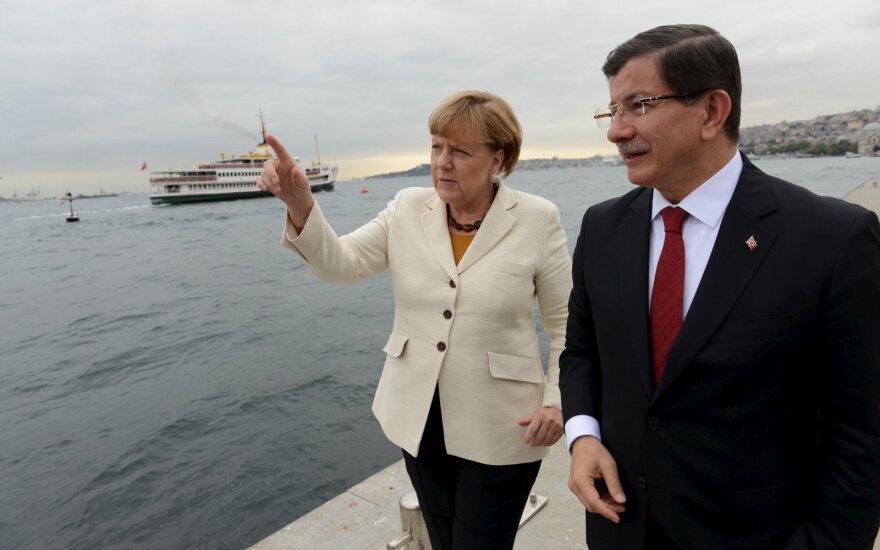 Angela Merkel, Ahmetas Davutoglu