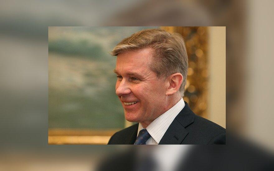 Ажубалис: будем работать и с оппозицией, и с властями Беларуси