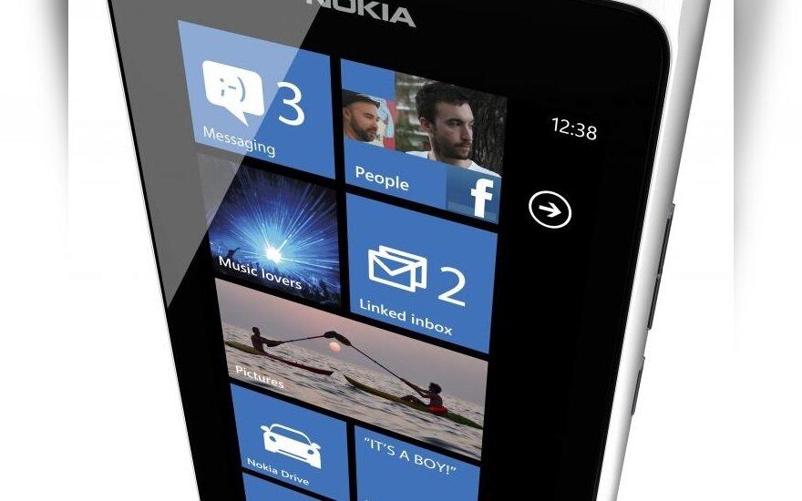 """Nokia Lumia 900"" išmanusis telefonas"