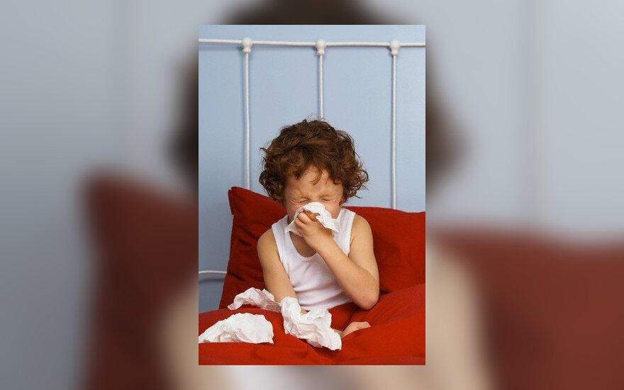 42-19765770, vaikas, sirgti, sloga, gripas, liga