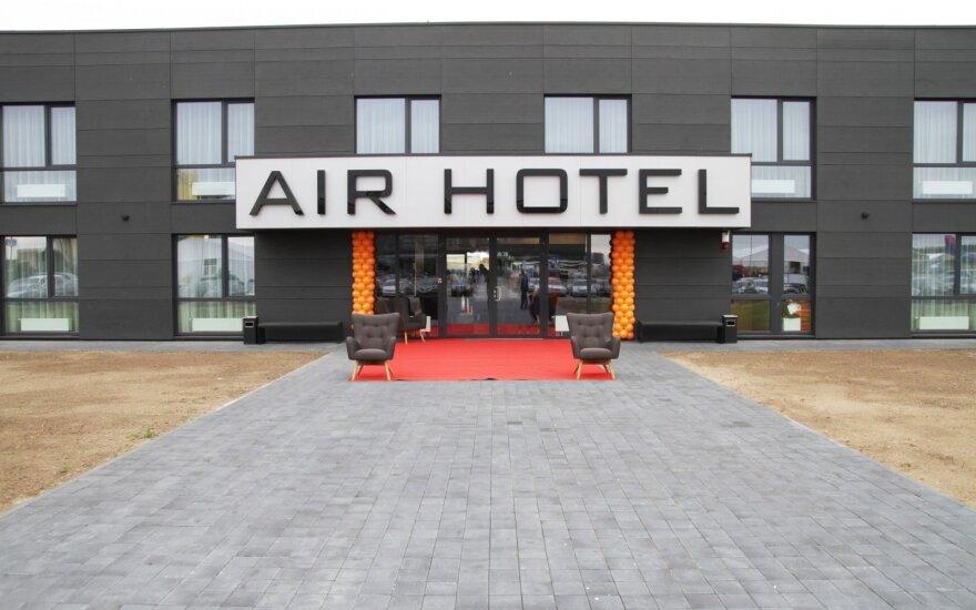Prie Kauno oro uosto duris atvėrė naujas viešbutis