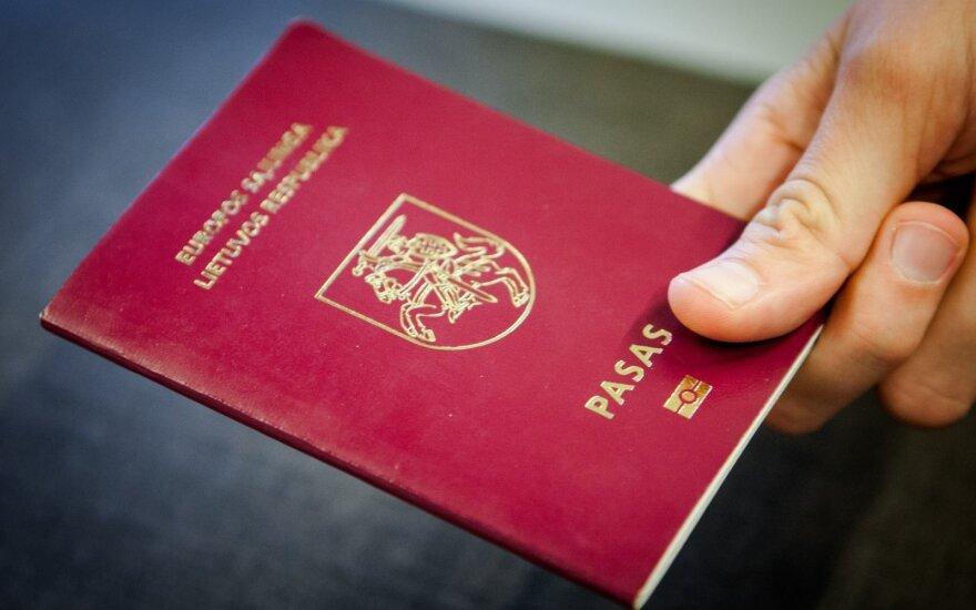 Родившиеся за рубежом дети литовцев автоматически сохранят двойное гражданство