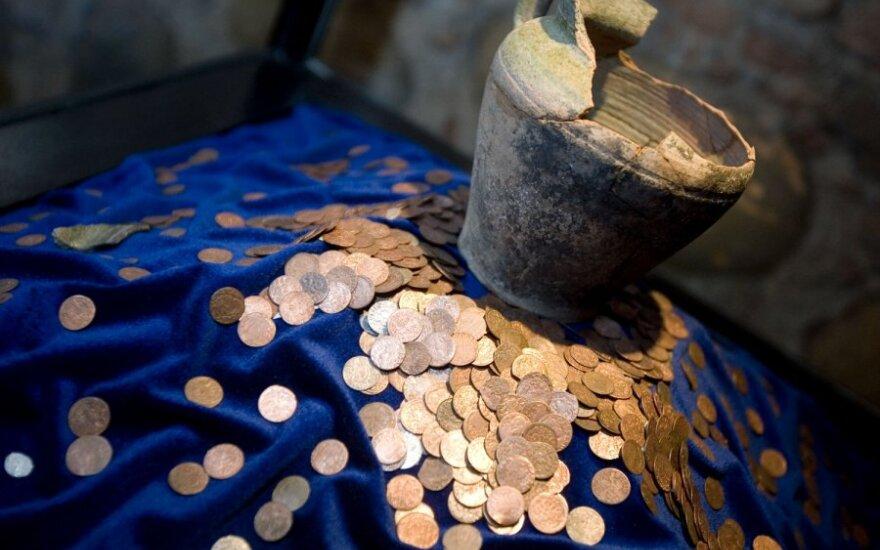 Из Беларуси пытались вывезти антикварные монеты времен ВКЛ