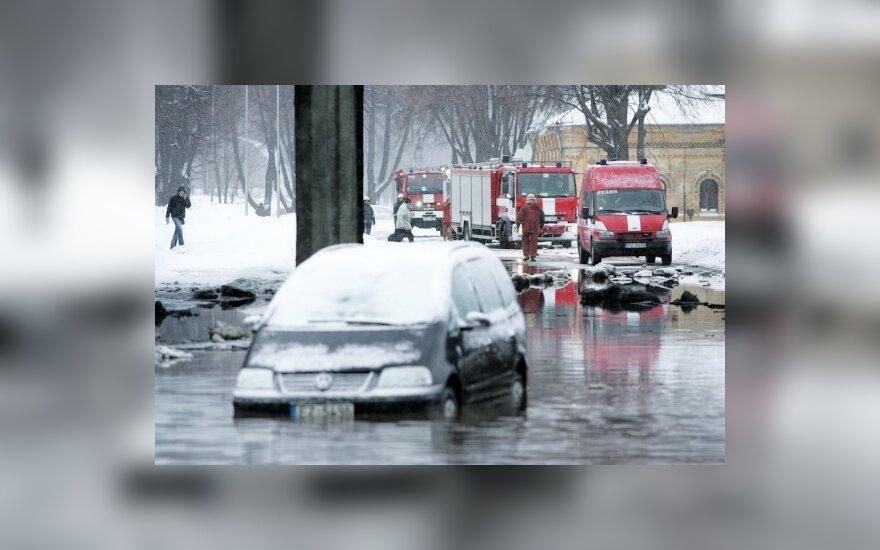 Из-за аварии в центре Риги нет воды