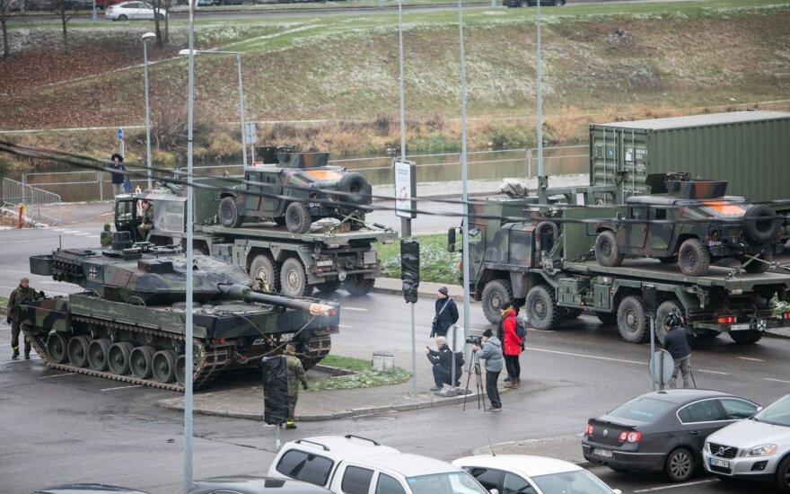 Внимание, водители: почти тысяча единиц военной техники проедет по дорогам Литвы