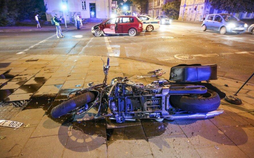 В Вильнюсе в аварии пострадал мотоциклист и пешеходы