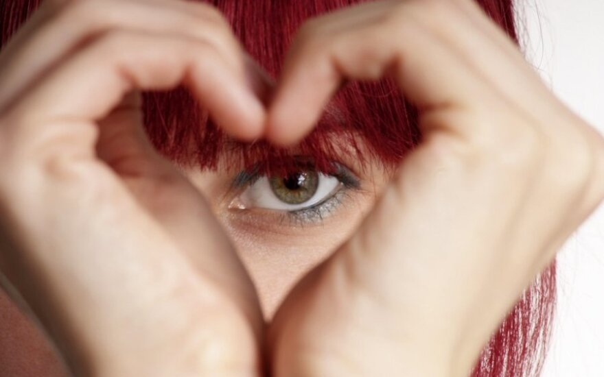 9 способов признаться парню в любви