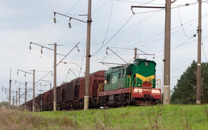 В Литву из Беларуси в контейнере с гравием ввезли контрафактные сигареты