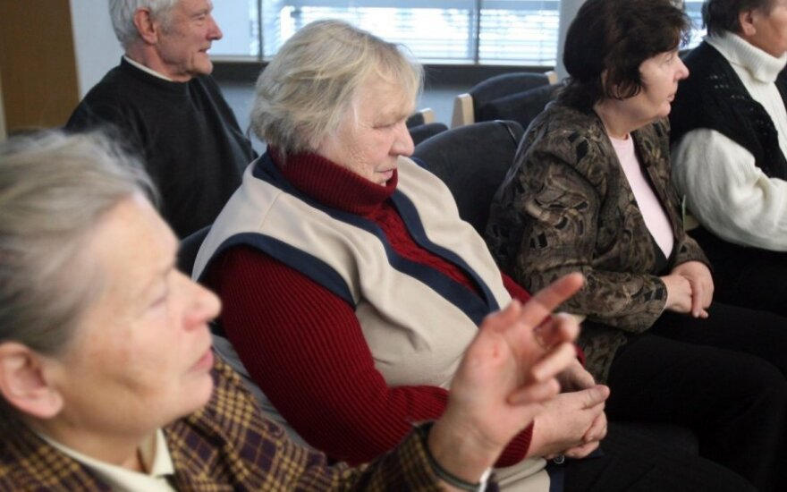 В Литве пенсионерам выплачивают однократное пособие: реакции очень разные