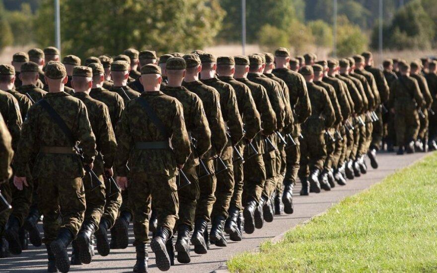 Szablę w dłoń. Sejm przywrócił pobory do wojska. Jedziński głosował przeciwko