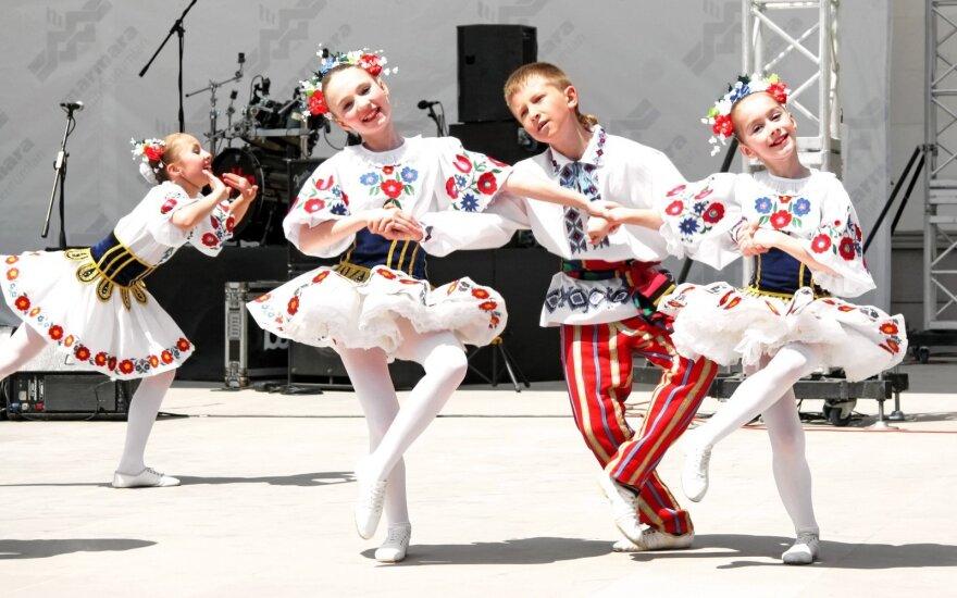 Как и почему молодежь в Беларуси переходит на белорусский